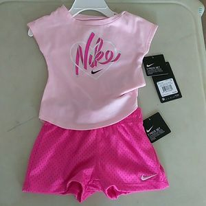 Nike 12 Months Baby Girl's Outfit, New with tag